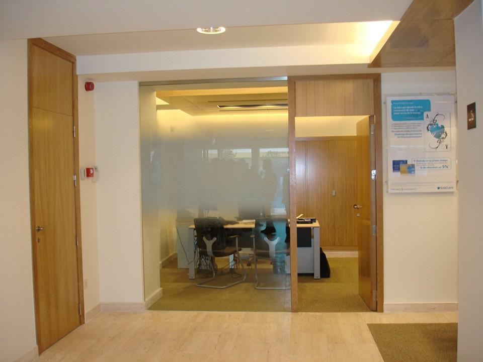 Construcción de oficinas bancarias - barclays
