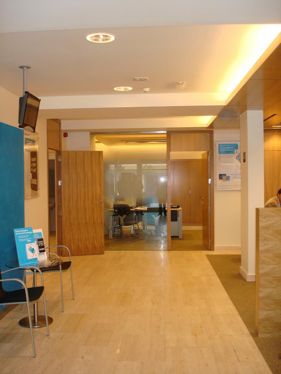 Chavsa soluciones integrales de dise o y arquitectura for Barclays oficinas madrid