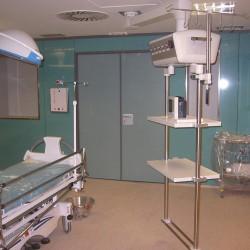 CHAVSA-equipamiento-construcción-e-ingeniería-sala-de-operaciones-HOSPITAL-VIRGEN-DEL-ROCIO